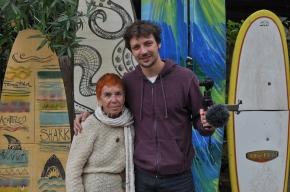 Isabel Echarri et Damien Dechavanne, devant l'Acapulco à Formentera