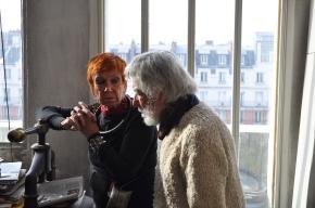 Isabel Echarri et Diego Etcheverry dans l'atelier de Paris
