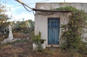 Extérieur de la salle blanche de Formentera