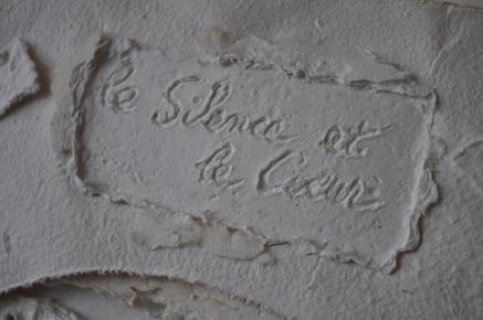 Le Silence et le Cœur avec Christina Burrus Référence: IE 2016 DD #0045 1985 Edition originale dans emboitage en carton de l'artiste, numéroté 3/3 Signé par Isabel Echarri et Christina Burrus, daté du 4 janvier 1985 57 x 40 x 8 cm Collection de l'artiste - Disponible
